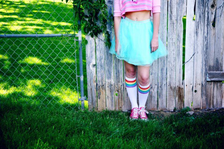 girl's teal skirt